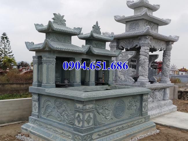 Mẫu mộ đôi đẹp hai đao xây sẵn để hài cốt bằng đá xanh rêu