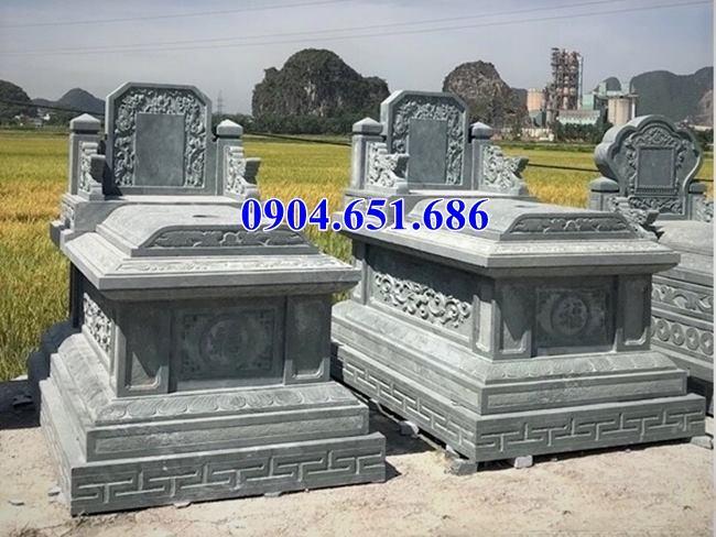 Mẫu mộ đôi xây sẵn bằng đá xanh rêu để hài cốt kích thước hợp phong thủy