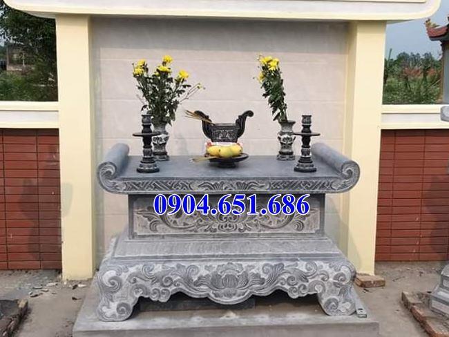 Ý nghĩa của bàn thờ đá ngoài trời