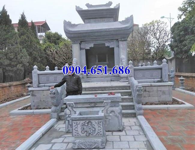 Mẫu bàn thờ đặt ở khu lăng mộ đá gia đình đơn giản đẹp
