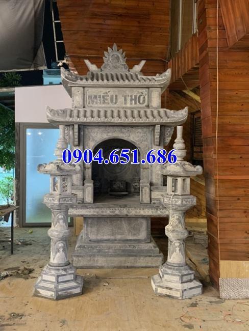 Mẫu miếu thờ bằng đá khối tự nhiên lắp đặt tại Sài Gòn