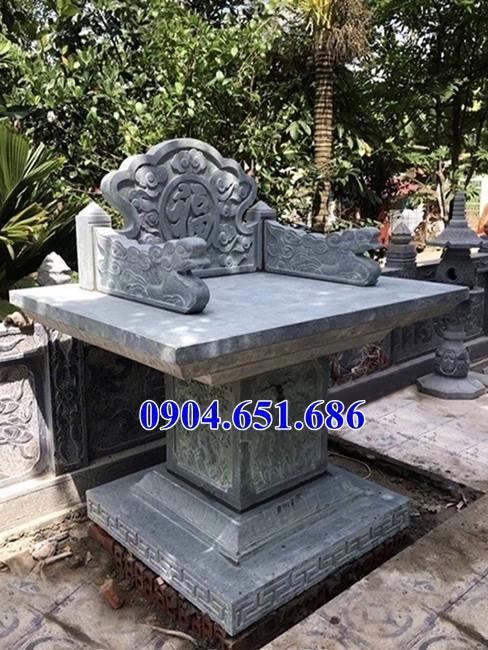 Mẫu bàn thờ thiên đá ngoài trời không mái che đơn giản đẹp