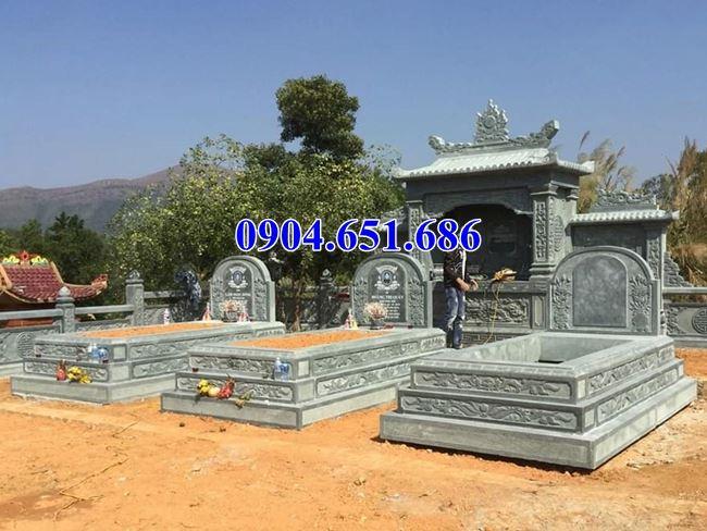 Mẫu mộ đôi tam cấp đá xanh rêu cao cấp đẹp nhất hiện nay