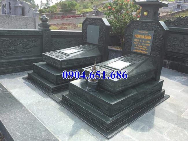 Xây mộ tam cấp không mái bằng đá xanh rêu cao cấp đẹp
