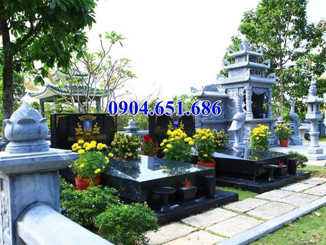 Mẫu mộ đôi gia đình đá granite kim sa Ấn Độ đẹp