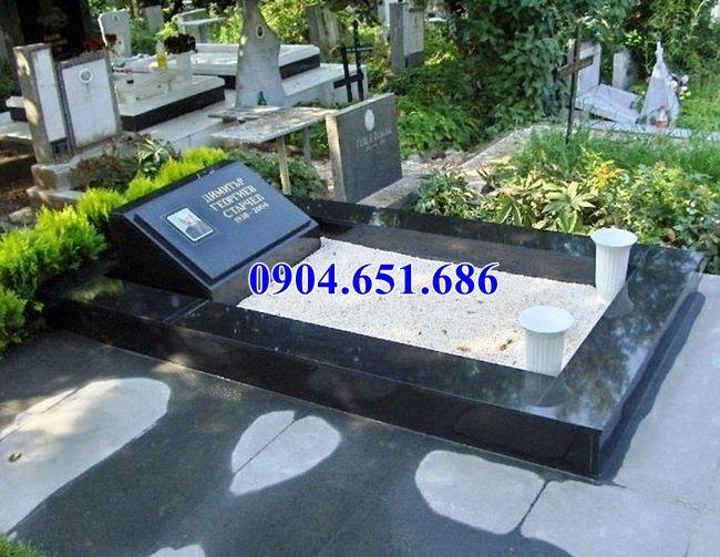 Mẫu mộ đạo Hà Nội xây bằng đá hoa cương granite kim sa đơn giản đẹp