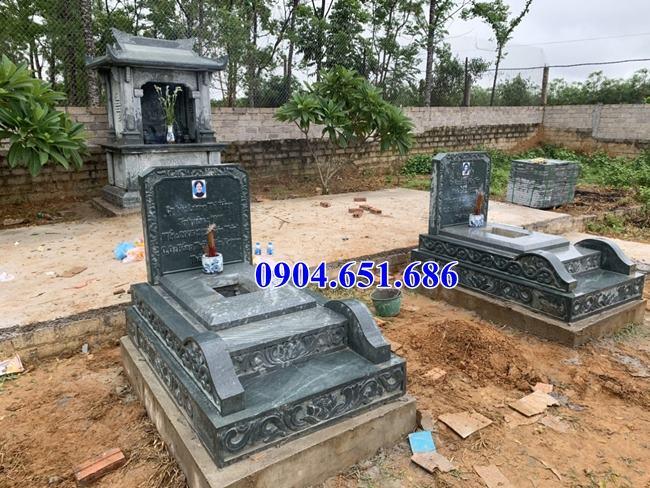 Mẫu mộ đôi đá xanh rêu đơn giản đẹp xây để tro cốt kích thước hợp phong thủy