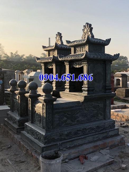 Mẫu mộ đôi Yên Bái thiết kế hai mái đá xanh rêu đẹp