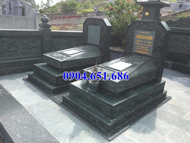 Mẫu mộ đôi gia đình đá xanh rêu Thanh Hóa đẹp