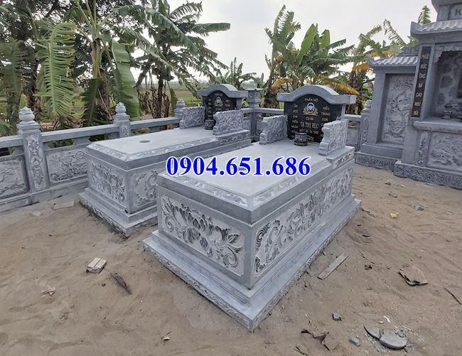 Mẫu mộ đôi gia đình không mái đá khối tự nhiên đẹp