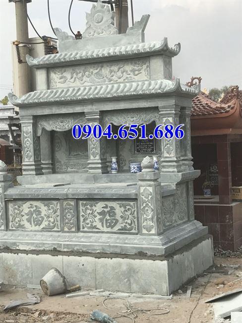 Mẫu mộ đôi hai mái đá xanh rêu Thanh Hóa đẹp
