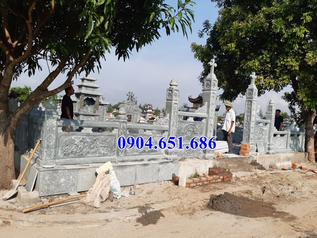 Mẫu lăng mộ đá công giáo đẹp