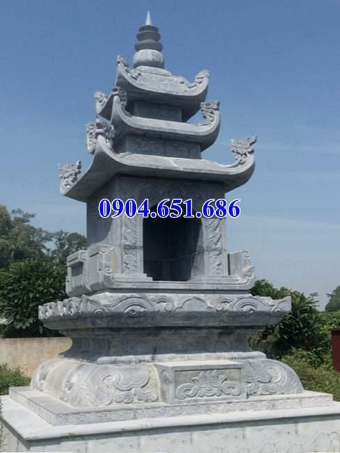Xây mộ tháp bằng đá khối tự nhiên tại Quảng Ngãi