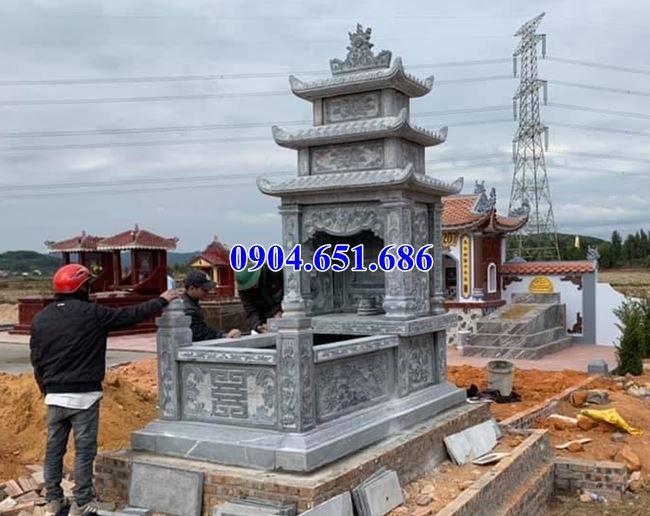 Mẫu mộ đá xanh Thanh Hóa bán tại Bình Phước 05 – Mộ đá khối tự nhiên
