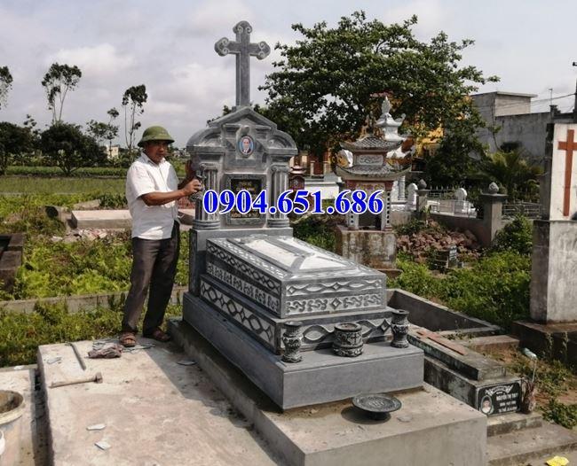Mẫu mộ đá công giáo đẹp bán tại Bà Rịa Vũng Tàu 12 – Mộ đạo đá khối tự nhiên