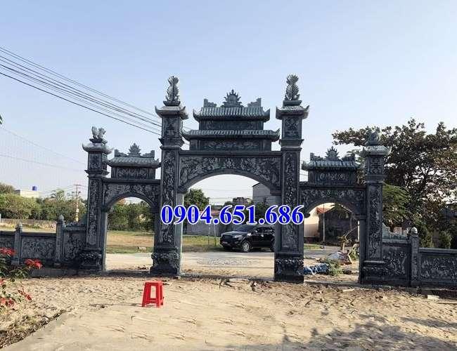 Hình ảnh mẫu cổng tam quan nhà thờ họ đá xanh rêu đẹp