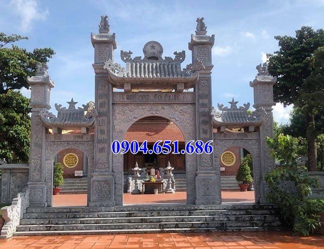 Mẫu cổng chùa đẹp thiết kế xây bằng đá khối tự nhiên tại Sài Gòn