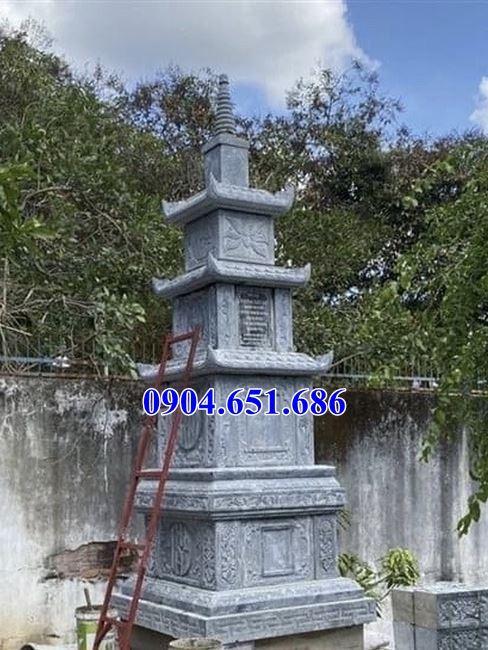 Mẫu mộ hình tháp thiết kế xây bằng đá khối tự nhiên kích thước chuẩn phong thủy