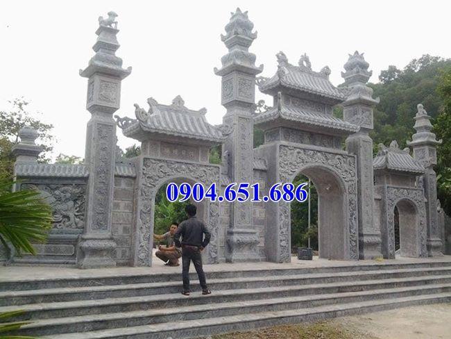 Xây mẫu cổng chùa tam quan đá tự nhiên đẹp