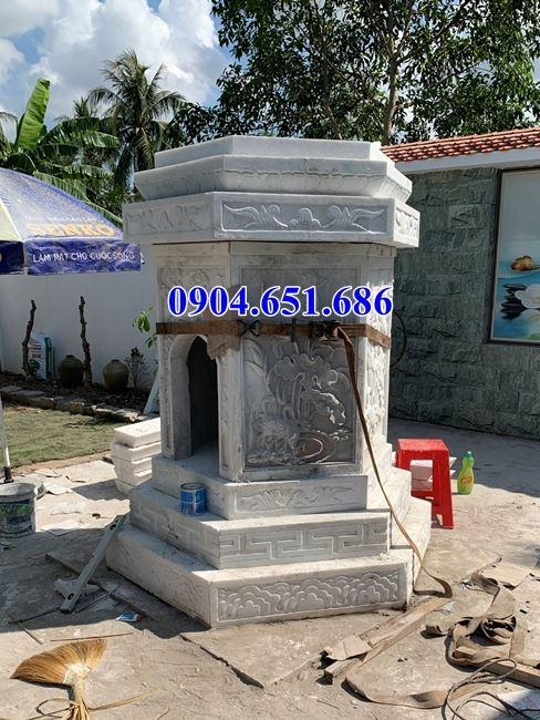 Lắp đặt phần thần tháp đá