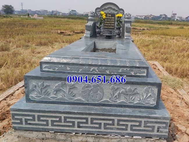 Mẫu mộ đá xanh Thanh Hóa bán tại Quảng Bình 04 – Mộ đá khối tự nhiên